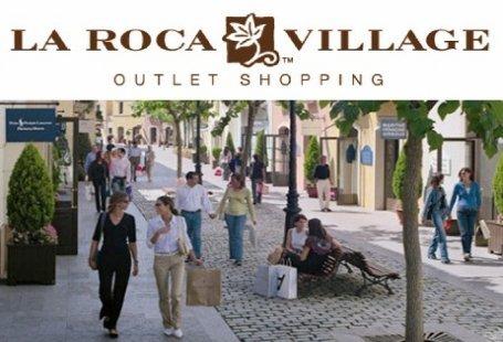 Centros comerciales que abren los domingos y festivos en for Centro la roca