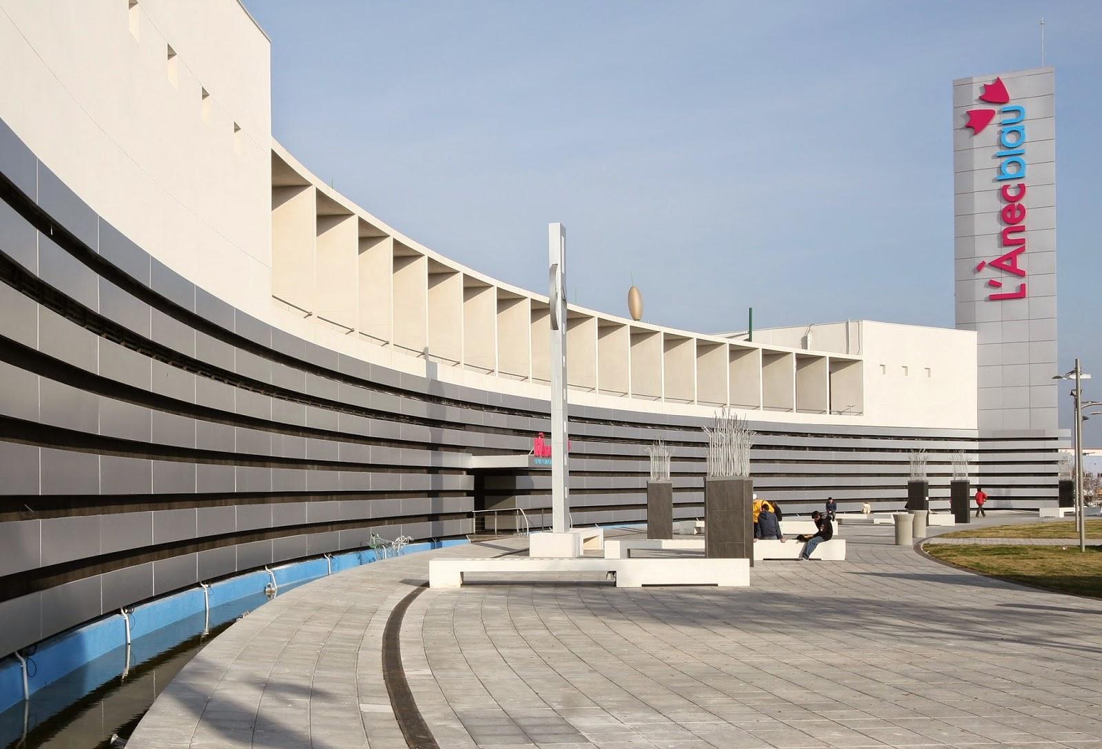 Centros comerciales que abren los domingos y festivos en for Centros de jardineria barcelona
