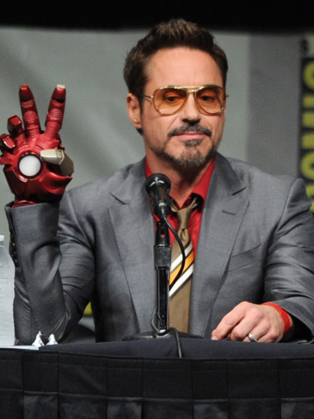 Robert Downey Jr Ironman Mano
