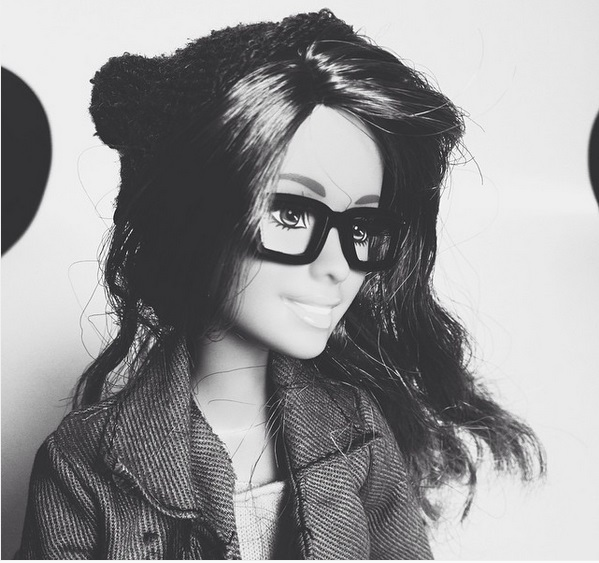 barbie hipster gafas pasta blanco negro
